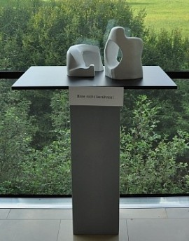 """Plastik """"Durchblicke"""" von Cornelius Richter"""